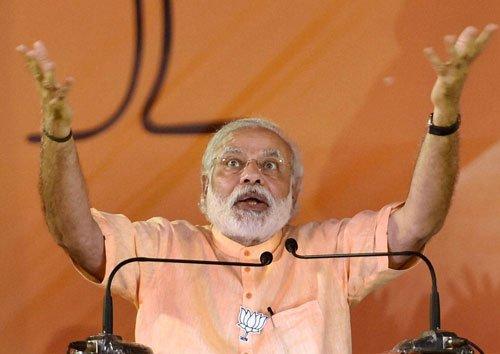 Don't vote on caste lines,rivals busy saving blackmoney,kin: PM Modi