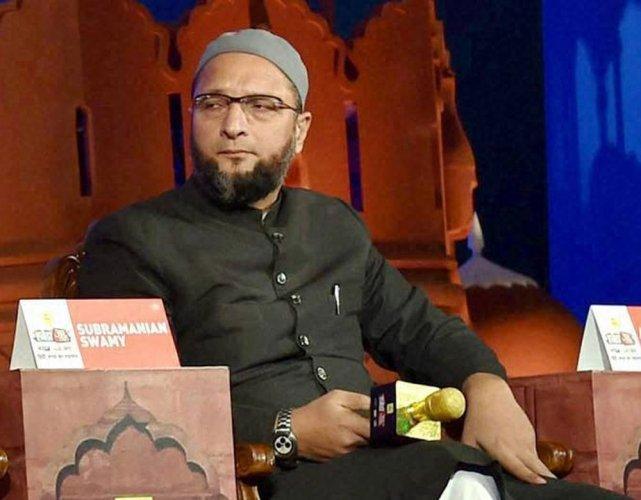 SC ruling 'clashes' with Hindutva verdict, says Owaisi
