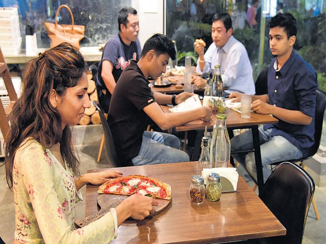 Diners can refuse to pay service charge