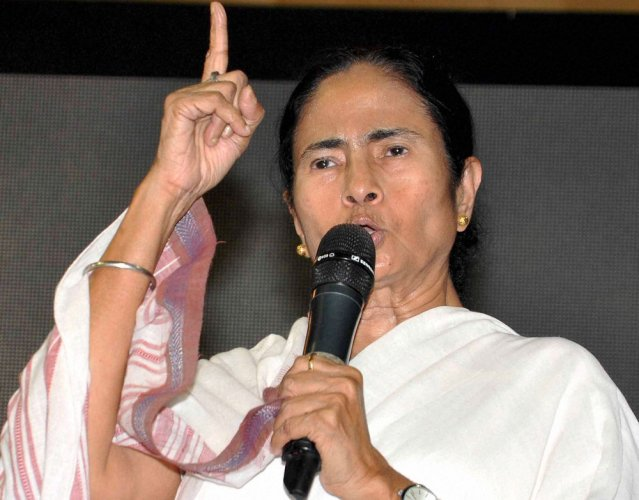 Mamata challenges Modi to arrest her