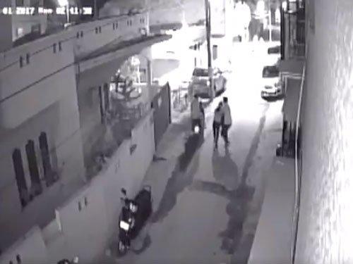 CCTV footage: Scooter-borne men molest a girl in Kammanahalli, Bengaluru