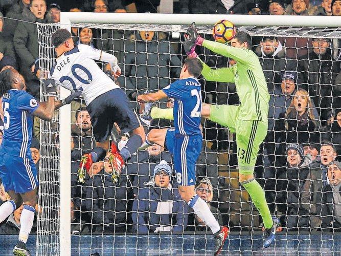 Spurs stop Chelsea run