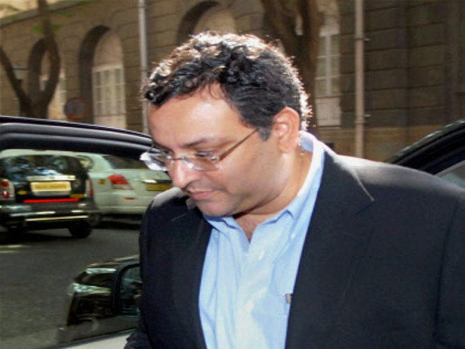 Tata Sons convenes EGM to oust Mistry as director