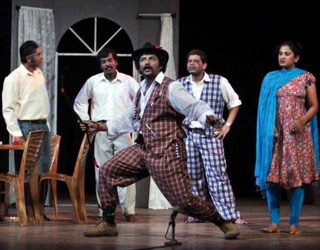 Ranga Nirantara to perform 25th show of 'Male Manthrika' on January 11