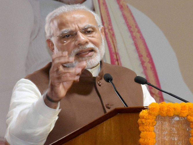 Convert PIO cards to OCI cards, PM tells overseas Indians