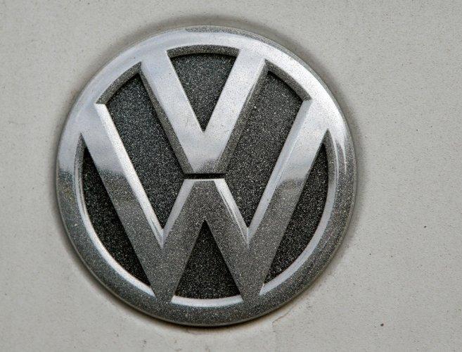Volkswagen defies 'dieselgate' to boost sales in 2016