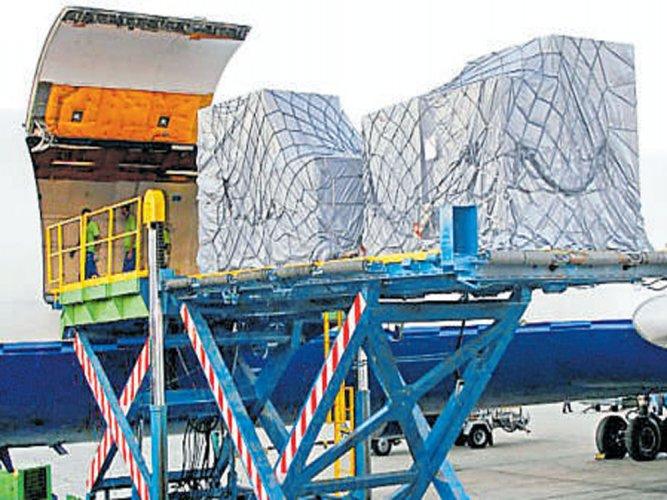 Panel for e-platform to push air cargo biz