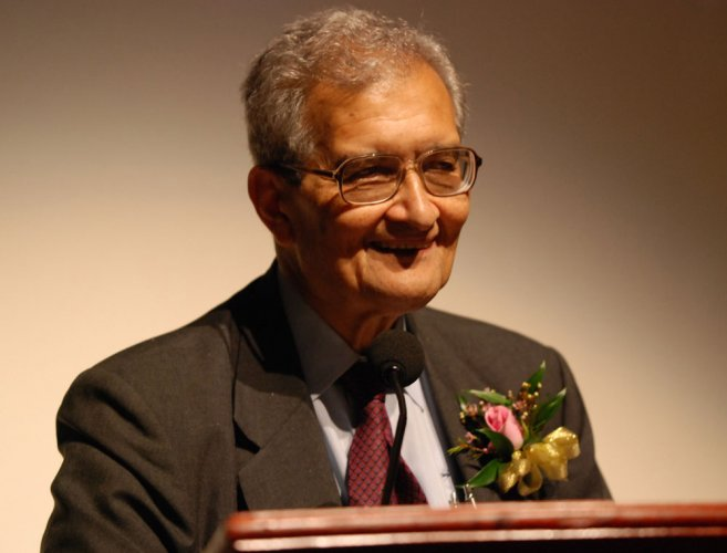 RBI doesn't decide anything, decisions taken by Modi: Amartya Sen