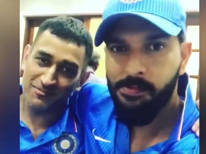 Dhoni says he will continue to hit sixes if they are to be hit (Video)