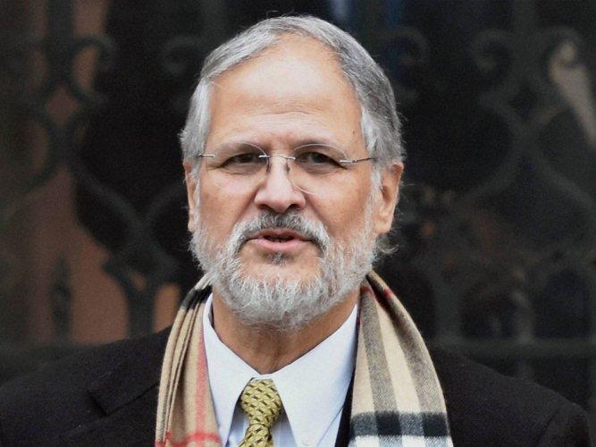 Kejriwal may face 'criminal charges': Former LG Jung