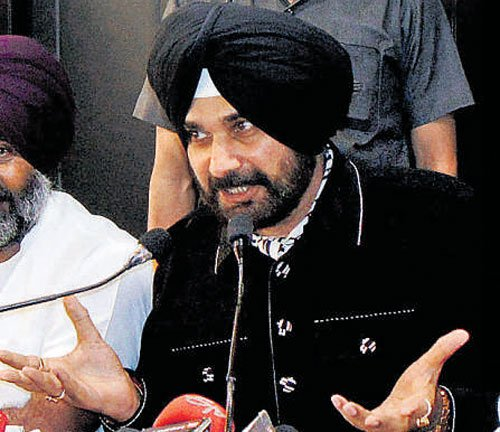 Sidhu has put no conditions, says Congress