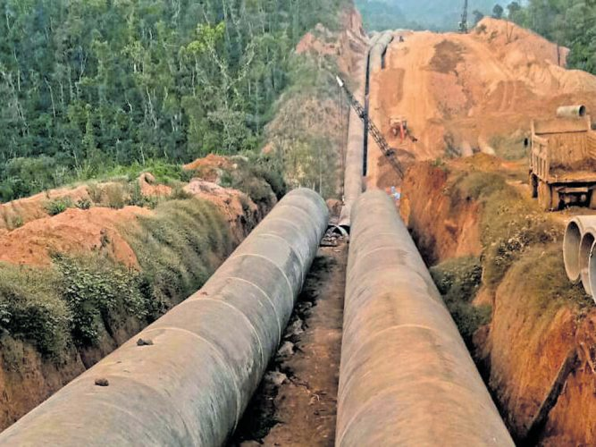Work on Yettinahole project progressing without hindrance