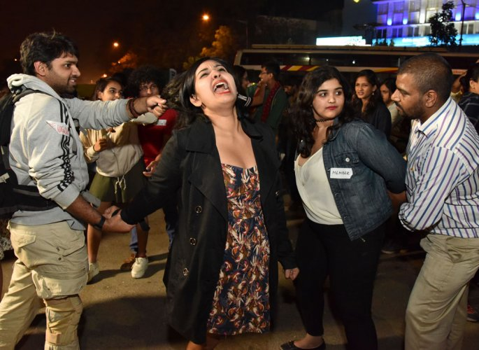 Public outcry against molestation of women on New Year's Eve gets louder