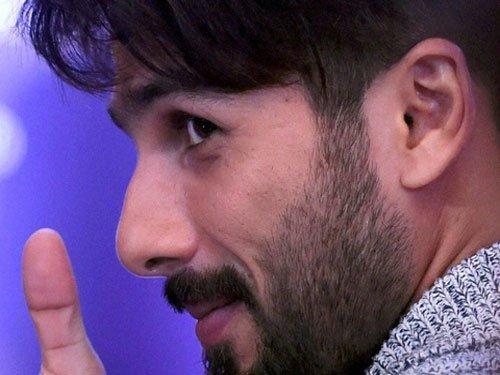 No issues between Kangana and me, clarifies Shahid