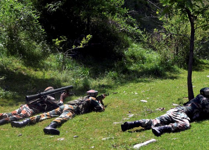 Encounter breaks out between militants and forces in Anantnag
