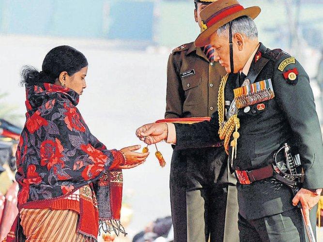 Siachen braveheart awarded Sena Medal