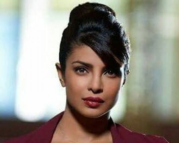 I will be ok: Priyanka Chopra assures fans post accident