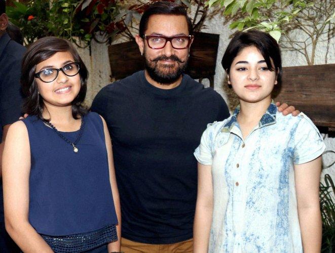 Aamir Khan defends 'Dangal' girl