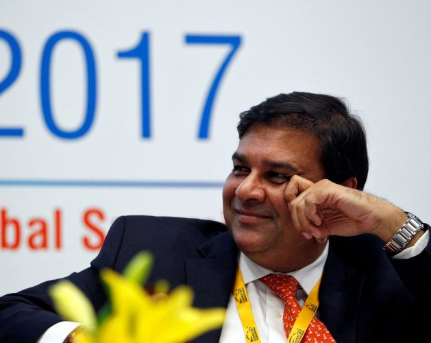 Working to reduce transaction cost on online payments: RBI to PAC