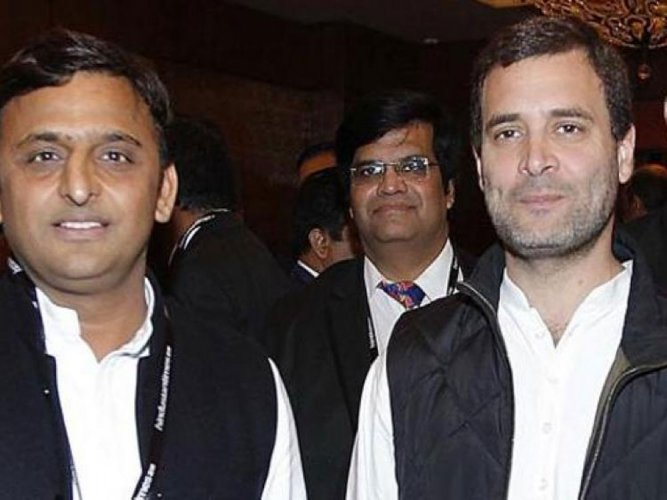 SP, Cong clinch pre-poll pact in UP, announcement likely today