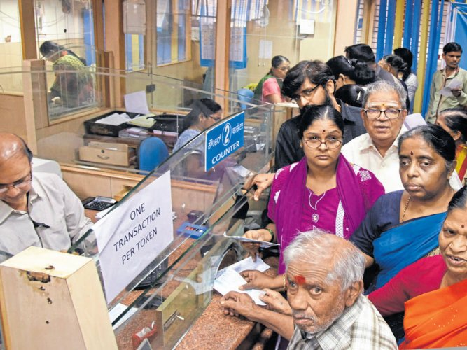 Govt analyses cash deposits in last 10 days of demonetisation