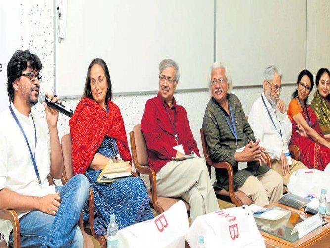 Adoor stresses people's role in nurturing arts