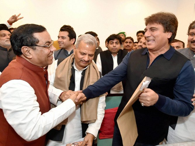 Cong, SP clinch pre-poll pact
