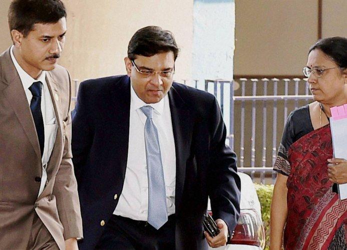 RBI Governor reallocates DGs portfolios as Acharya takes charge