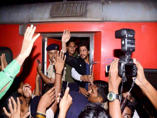 We've nothing against SRK, he is not at fault: Kin of deceased