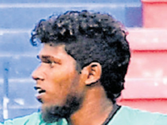 Resilient RWF hold South United