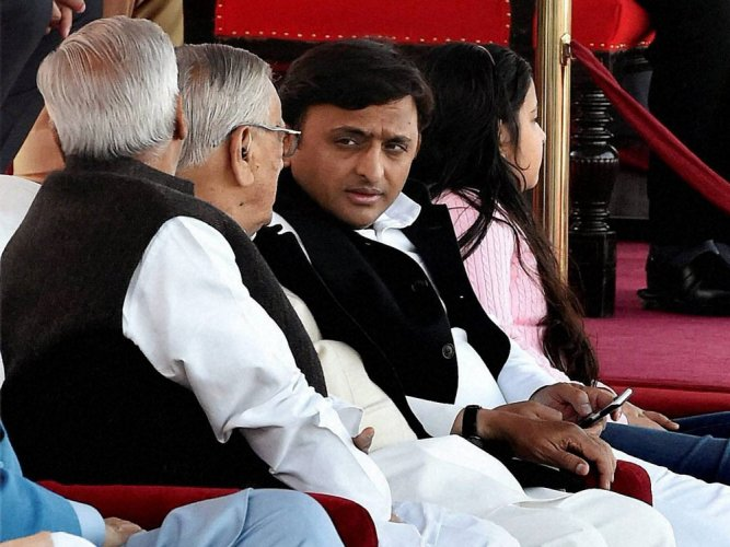 Seat-sharing tussle continues in SP-Cong