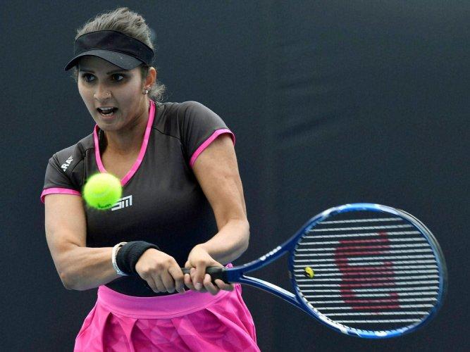 Sania a win away from 7th Major title, reaches OZ Open final