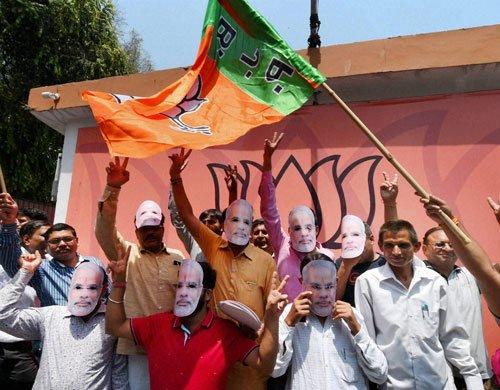 BJP pushes in K'taka leaders