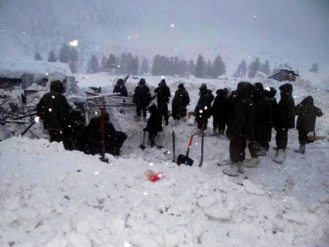 More bodies found at avalanche site