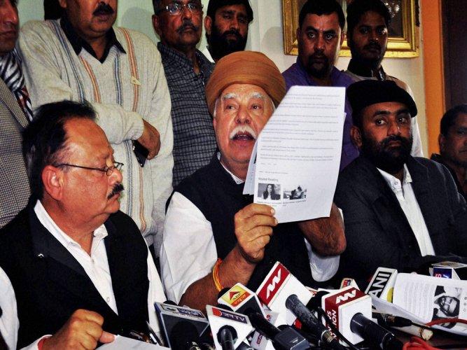 Hope to resolve issues with Bhansali soon: Karni Sena patron