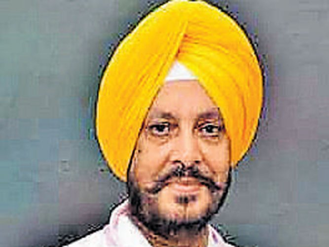 Ex-army chief, doctor to take on Amarinder