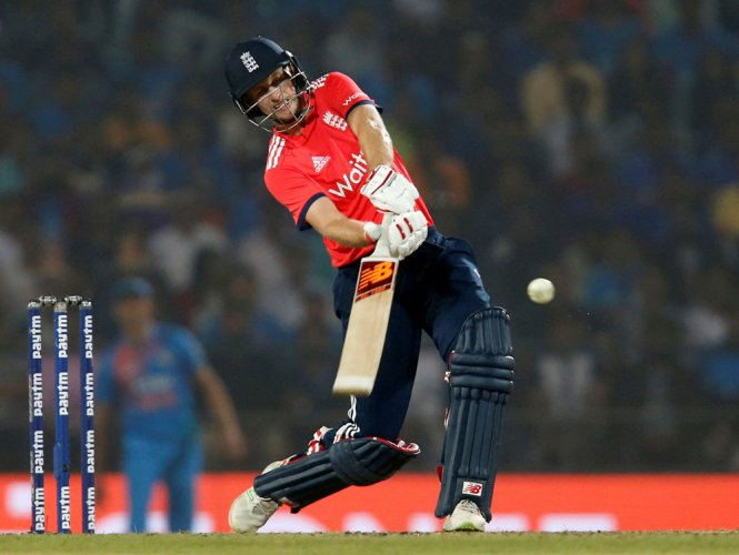 Unhappy England to raise Root LBW decision with referee
