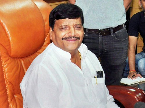 Shivpal shocker: To float new party, back SP 'rebels'