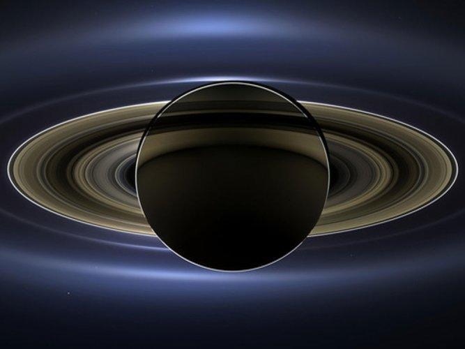 NASA probe beams back closest-ever view of Saturn's rings