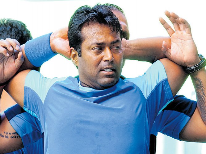 Paes in no mood to leave the stage yet