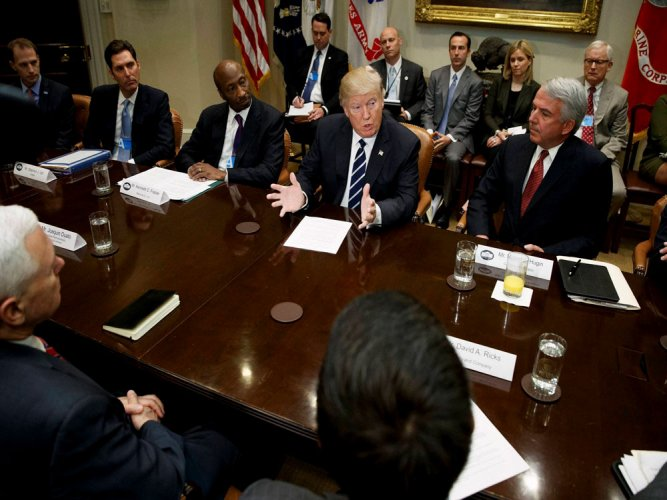 Trump vows to ease rules for drugmakers