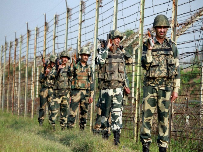 Pak intruder shot dead by BSF in Pathankot's Bamiyal