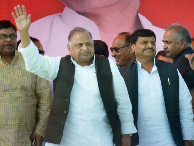 UP poll: Mulayam addresses first rally, seeks votes for Shivpal