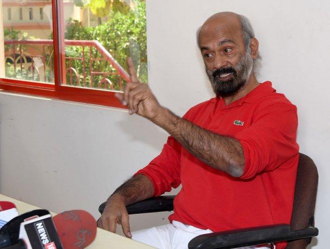 Seized guns not mine, says 'Agni' Sridhar