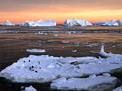 Large hidden lakes found draining below Antarctic glacier
