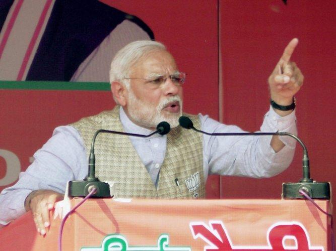 Modi seeks account of SP's 5-yr regime