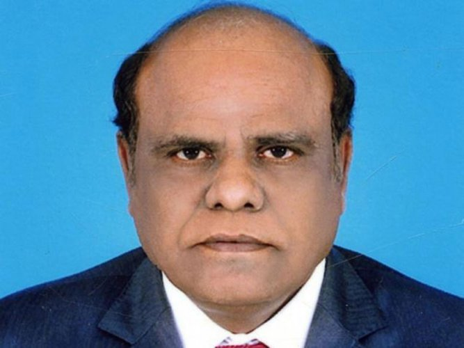 Justice Karnan fails to appear in SC