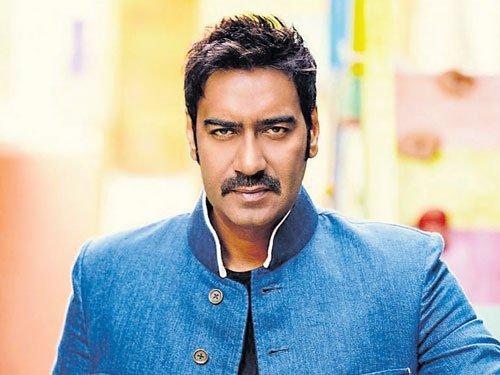 Ajay is a non-interfering actor: Esha Gupta