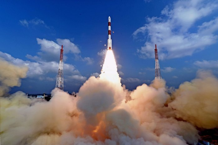 India scripts history, launches 104 satellites at one go