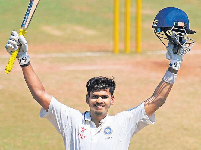 Superb Shreyas stamps his class with double ton